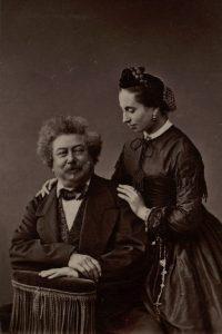 Alexandre Dumas père et Marie Dumas Photographie de l'Atelier Nadar Bibliothèque nationale de France, département Estampes et photographie, FT 4-NA-235 (2)